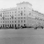 Перекрёсток проспекта Ленина и улицы Советской.