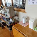 食堂で冷水、お茶、コーヒーを飲まれる場合は必ず消毒を行ってください