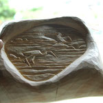糸魚川翡翠  うさぎの木台座(木曽桧四方柾柱を組み彫刻)
