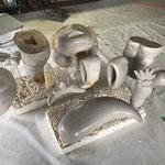 スチロール原型の表面にスチロール用の樹脂で表面をコーティング。及び研磨