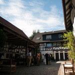 Zum Talhof Innenhof Ansicht 7