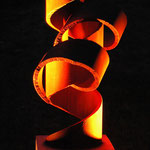 25° - Nr. 01/2013 L 60 cm, H 70 cm, B 70 cm Stahlrohr auf Plinthe mit Betonsockel H 160 cm