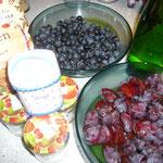 zutaten: schlehenfrüchte, zwetschken, gelierzucker, apfelsaft, zimt und gewürznelkenpulver