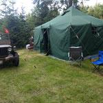 Das Zelt steht schon mal...