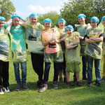 Das Eier-Weitwurf-Team