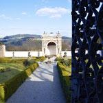 Blick in den Gartenberich von Schloss Neuburg
