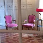 Petit salon gîte l' Amandier