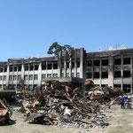 津波で破壊された学校