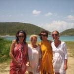 Las chicas: Mari Jose, Mari Asun, Virgi y María