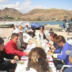 Comiendo en El cabo de Gata, playa de Las Negras