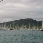 La bahía de Falmouth repleta de barcos