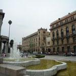 Fachada del Palacio Postal y la Plaza del Palacio de Bellas Artes