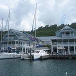 La pequeña marina de Marigot Bay
