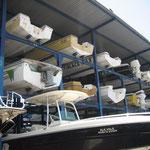 Almacén de barcos en la marina de Puerto la Cruz