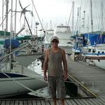 Jose en el pantalán de Bahía Redonda