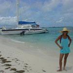 Crasqui. Los catamaranes de paseo suben prácticamente a la arena