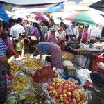 El mercado de Santiago Atitlán