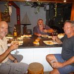 En la casa de Fely, en El Morro, comiendo ñoquis