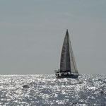 El Cap's navegando en un día gris