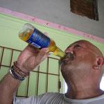Carlos, ténía mucha sed