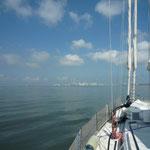 Navegando dentro de la Bahía de Cartagena