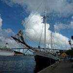El canal que divide Willemstad