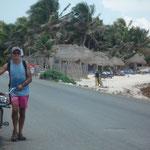 Bicicleteando en las playas de Tulum