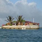 Un curioso restaurant en mitad de los arrecifes