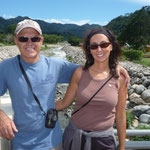 Nosotros en el puente del río Caldera