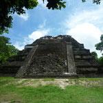 Gran Pirámide, edificio más antiguo de Tikal