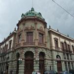 La elegancia francesa en el Teatro Macedonio Alcalá, inaugurado en 1909