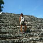 En la Pirámide llamada Estructura 4