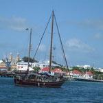 El barco de los escoceses en el fondeadero de St. John