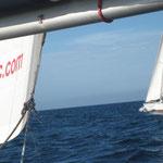 El Cap's III y el Bahía las Islas navegando en paralelo