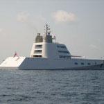 Un barco curioso llmado Hamilton