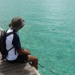 Jose contemplando el mar