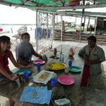 Paella de caracoles con Moncho y Pedro