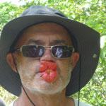 """Jose con la flor que llaman """"los labios de Marylin Monroe"""""""