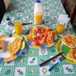 Rico desayuno en el hostel