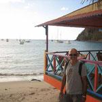 Jose con la bahía alfondo