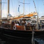 El ambientillo en los pantalanes con los barcos de la regata