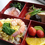 ひな寿司弁当