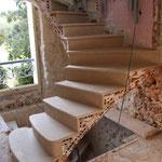 Escalier sur Voûte Sarrasine en rénovation, départ avec une volée dans le vide