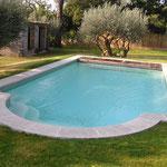 Margelle piscine en Massangis vieillie ép. 5 cm.