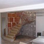 Escalier sur Voûte Sarrasine en Thala avec une volée dans le vide.