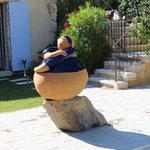 Socle rocher de sulpture céramique.
