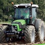 Deutz-Fahr Agrofarm G410 (Quelle: SDF Archiv)