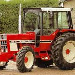 IHC 745-SA Allradtraktor mit Kabine (Quelle: Hersteller)