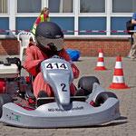 Schnellste Umlaufzeit in Klasse 4 fuhr Hadelns Fabian Meyer mit 37,67 sec im 1. Durchgang, nahm allerdings auch eine Pylone mit, so dass noch 2 Strafsekunden hinzukamen.
