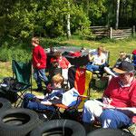Das Hadler Fahrerlager mit Eltern und Kindern